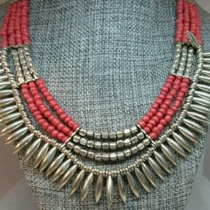 THICK BEADED NECKLACE